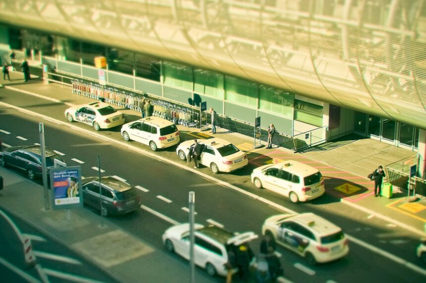 Transfer or taxi: which one is more profitable